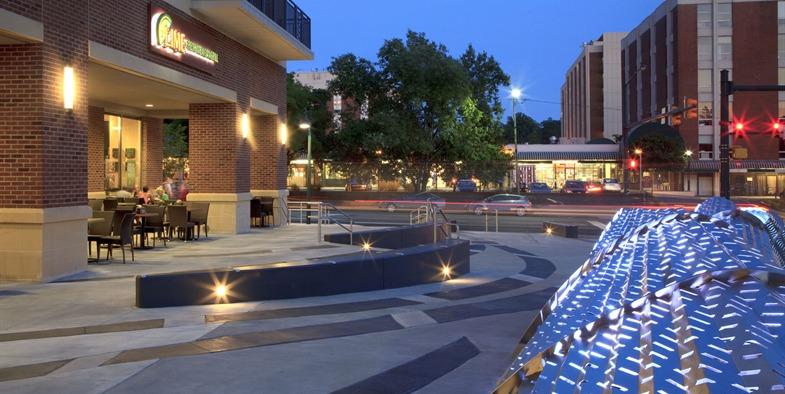 Plaza dusk